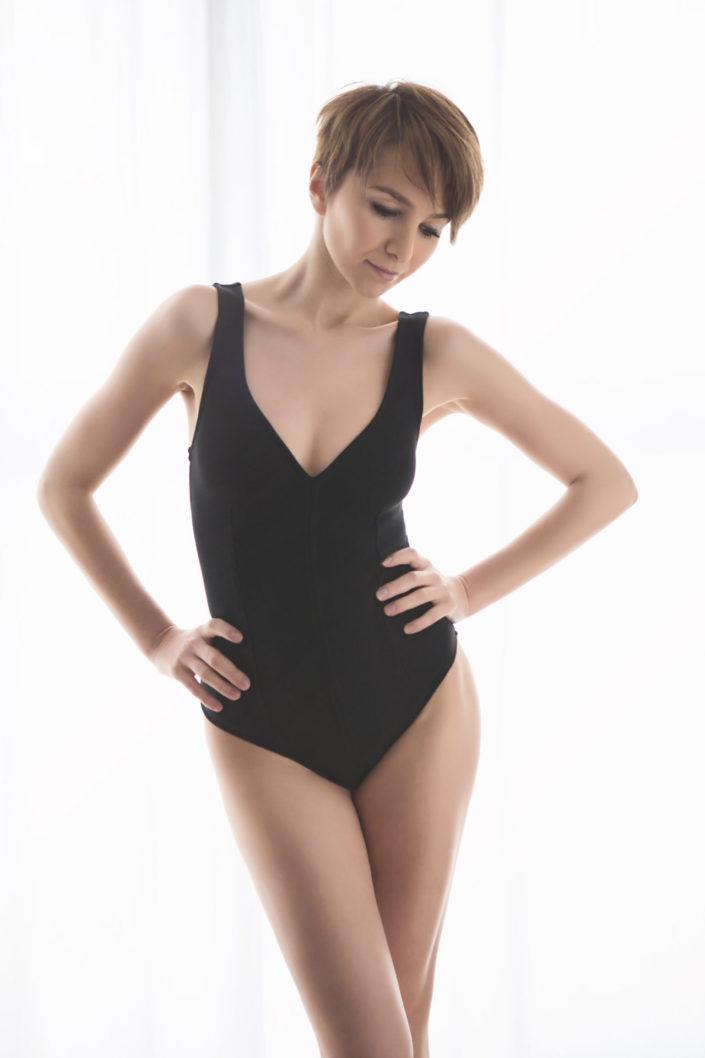Séance-photo-photographe-lingerie-modele-manequin-maillot-debain-studio